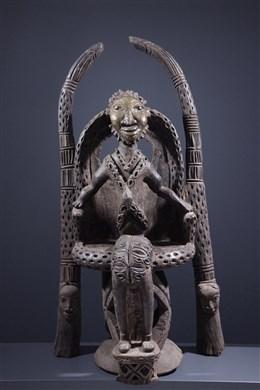 Dignitaire Bamoun sur son trône