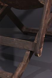 Tabourets, chaises, trônesChaise Mangbetu