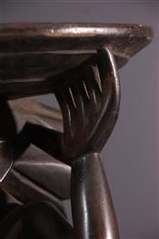Tabourets, chaises, trônesTabouret Hemba